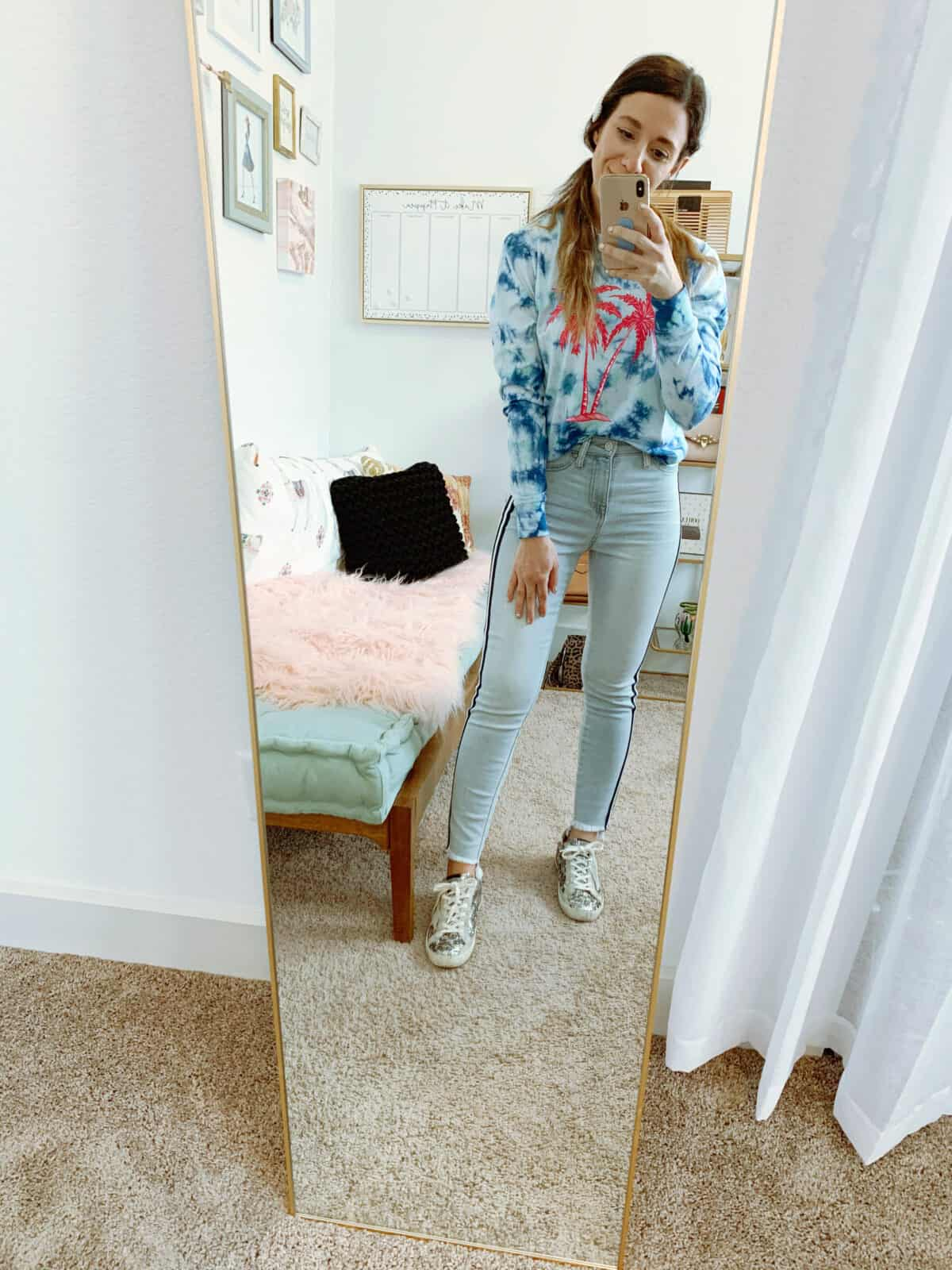 walmart tie dye top and jeans